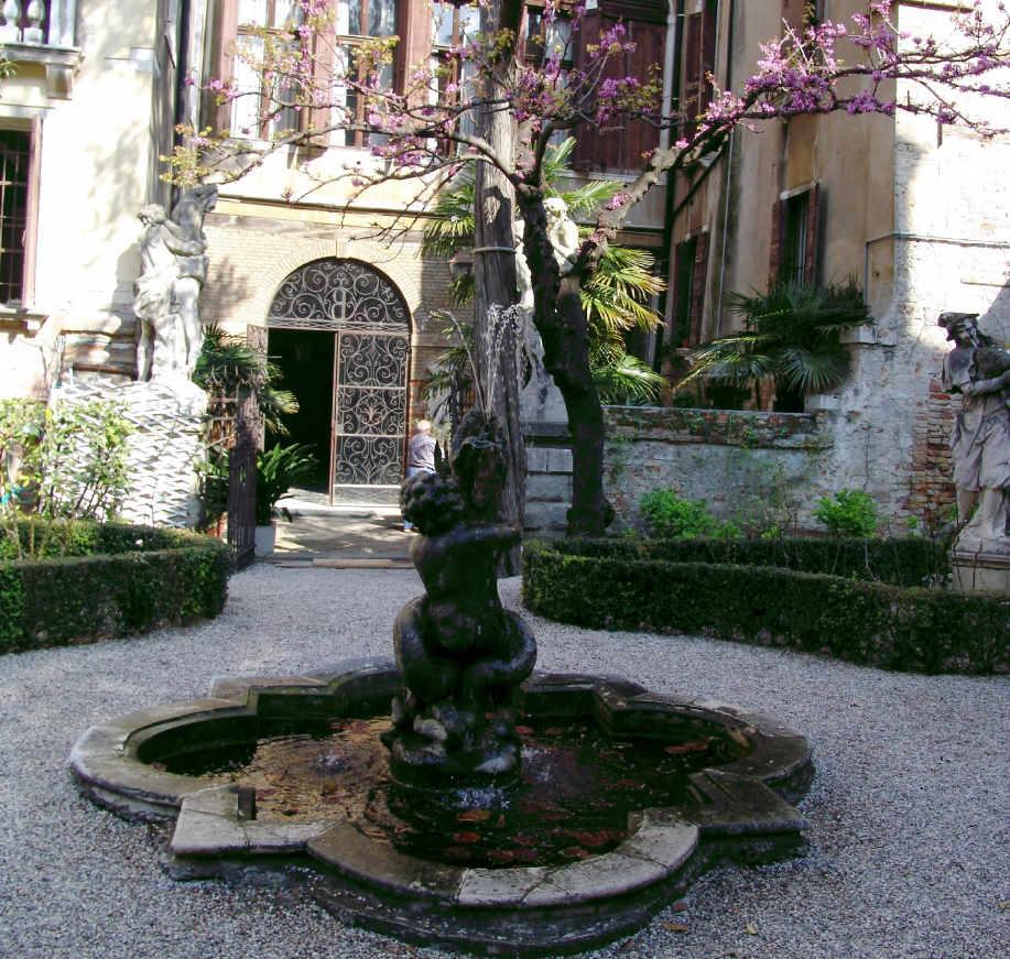 Les jardins de venise 4 for Le jardin des 4 saisons pusignan